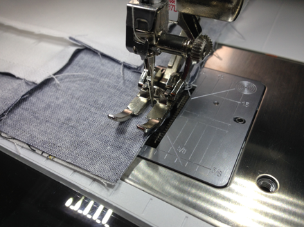 A view of piecing with a 37D foot.